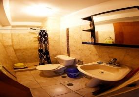 Charallave, Miranda, 2 Habitaciones Habitaciones, ,1 BañoBathrooms,Apartmento,En venta,2052