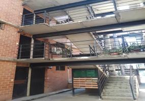 Conjunto Valle Verde Urb. Valle de Chara, Charallave, Miranda, 2 Habitaciones Habitaciones, ,2 BathroomsBathrooms,Apartmento,En venta,Urb. Valle de Chara,2137