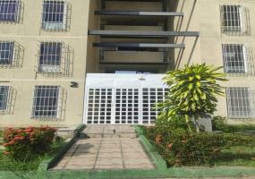 Frente la universidad Urb. Matalinda, Charallave, Miranda, 2 Habitaciones Habitaciones, ,1 BañoBathrooms,Apartmento,En venta,Urb. Matalinda,2138